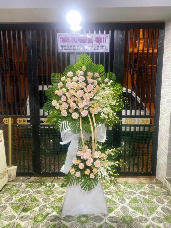 hoa đám tang cang long