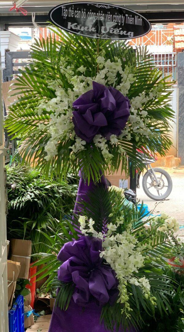 hoa đám tang đạ tẻh